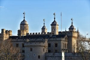 Luxury Chauffeur Driven Cars For UK Tours - Tower of London