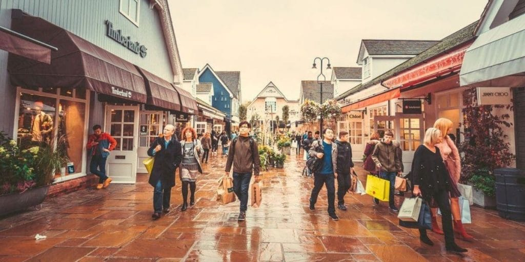 a photo of the people shopping at Bicester Village